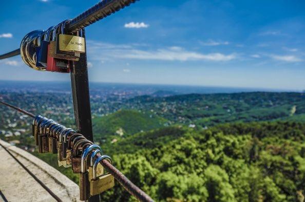A nyár ezer csodája – válogatás a magyar líra gyöngyszemei közül