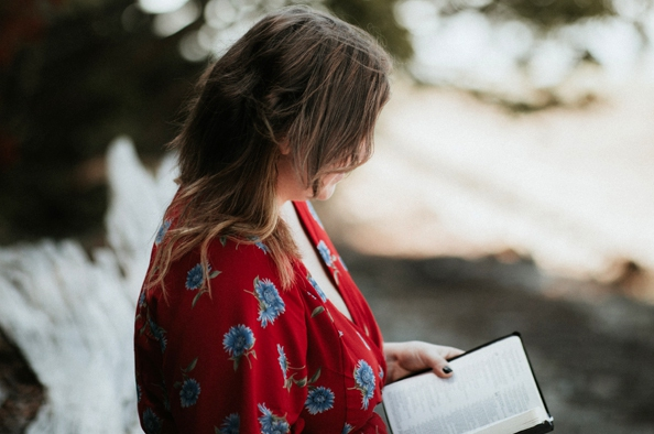 Versek az újrakezdésről és a bizalomról