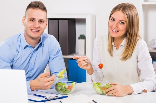 Friss ebéd az irodában – avagy a szendvics alternatívái