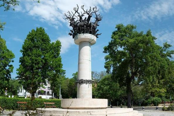 Cantata Profona – egy különleges szobor a Királyhágó téren