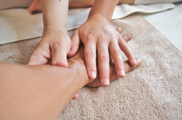 Hogyan kezelik a hegeket a fizioterápiában?