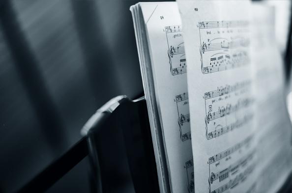 Izgalmas előadók, gyönyörű zenék szeptemberben a Lóvasúton