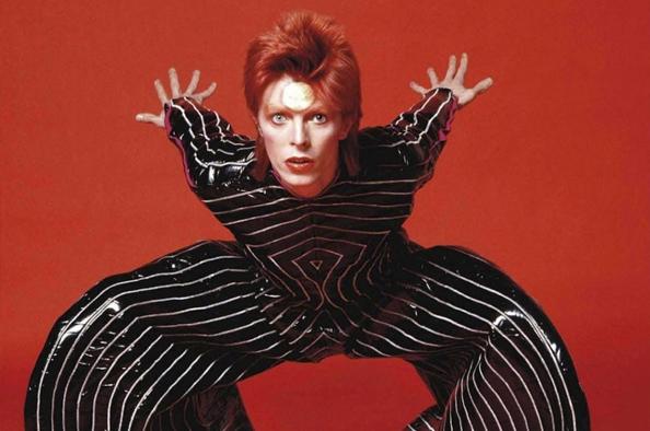 David Bowie arcai – Filmvetítés a Várkert Bazárban