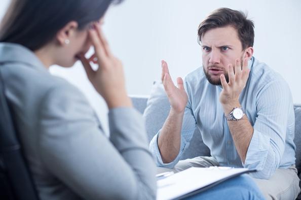 5 jel, hogy túl sokat panaszkodunk