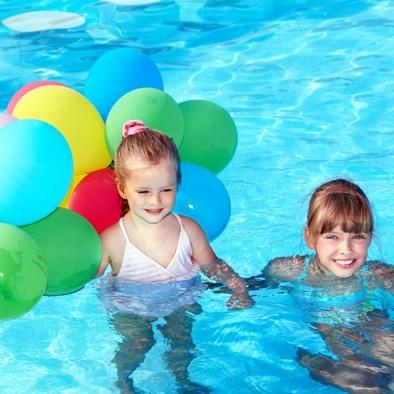Vizes játékok a nyárra kicsiknek és nagyoknak