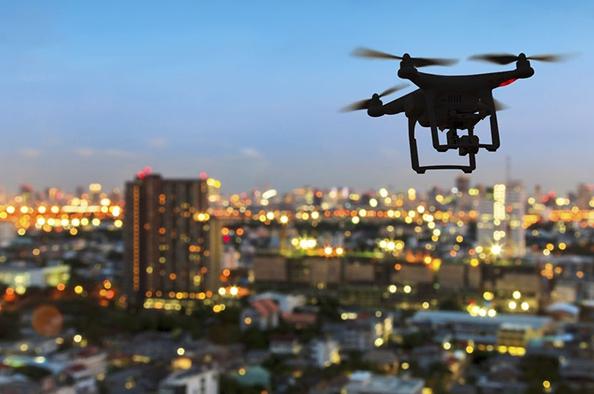 Veszély a magasból - Bűnözök drónjai