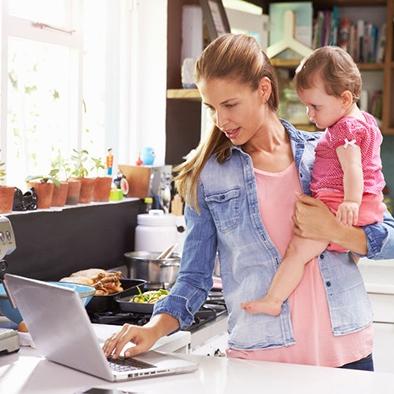Anyaság és karrier: találjuk meg az egyensúlyt!