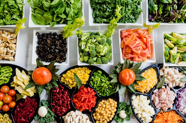 Kezdjük a napot salátával!
