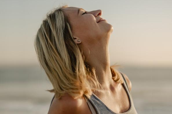 Hogyan kezelhető a nyakfájás?