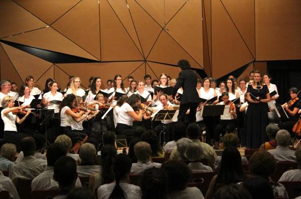Segíteni csodálatos – jótékonysági koncert egy erdélyi árvaházért