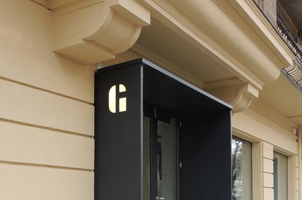 Fejedelmek kapuja – a Hegyvidék Galéria a Királyhágó téren