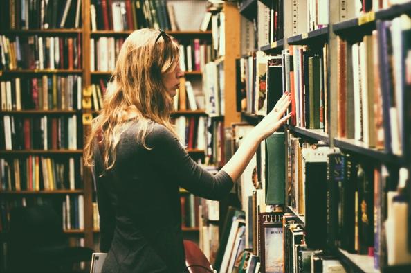 Régi könyvek bűvöletében – a könyvaukciók világa