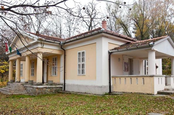 Egy különleges kulturális központ – a Költő utcai Lívia-villa