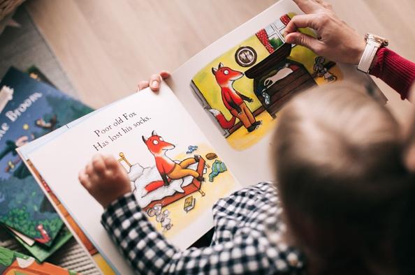 A gyermekkönyvek napján Csukás Istvánra és Andersenre emlékezünk